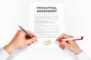7 Reasons To Consider A Prenuptial Agreement Before Getting